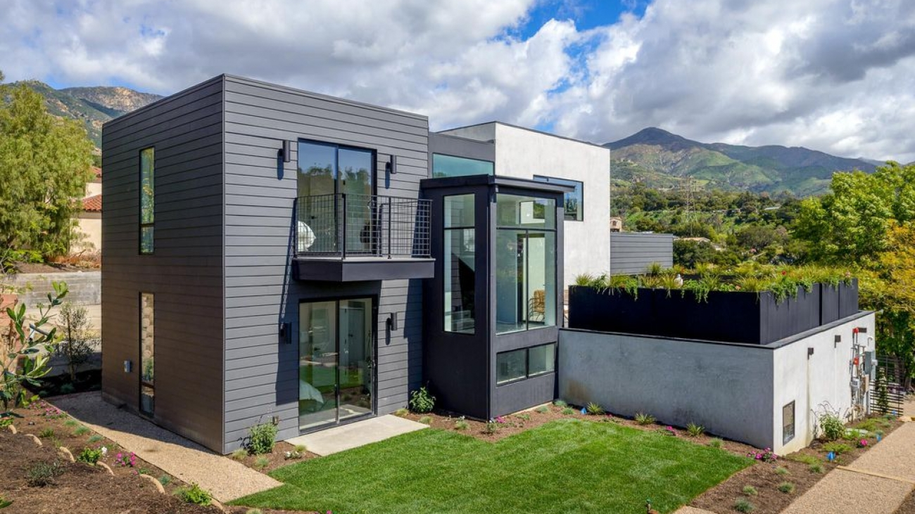 To visually represent a house built by Ashton & Hope Construction, a contractor in Santa Barbara, CA